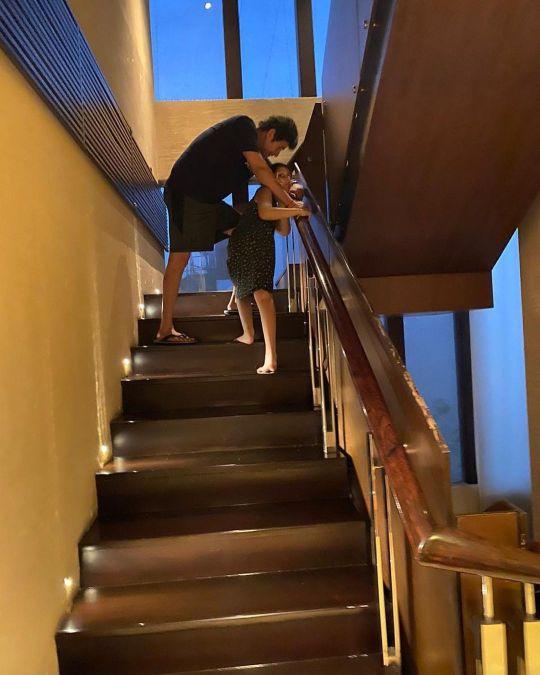mahesh babu house staircase