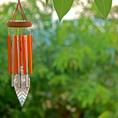 Red wind chime bestows success and prosperity on people